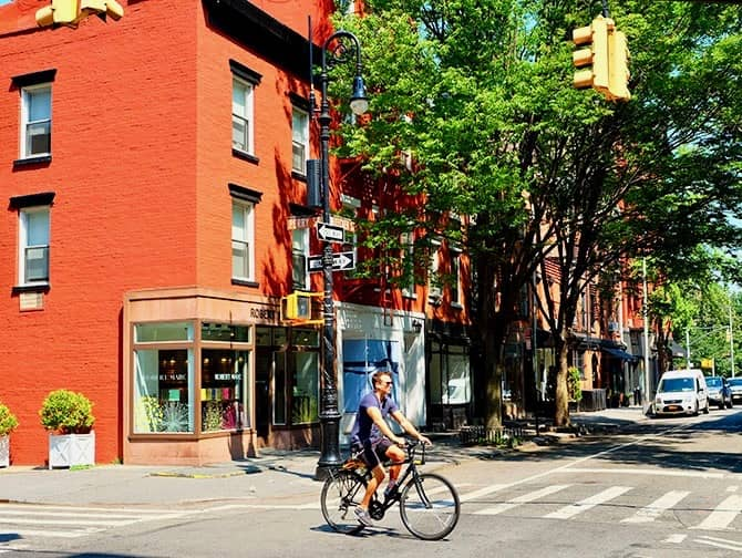 West Village New York - Perry St and Bleecker St