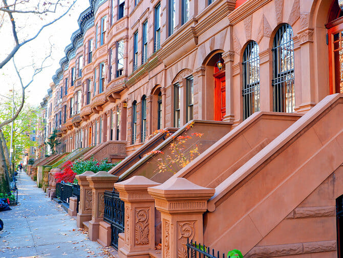 Upper West Side in New York - Sunny Afternoon