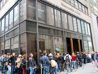 Abercrombie and Fitch in NYC - Waiting Lines