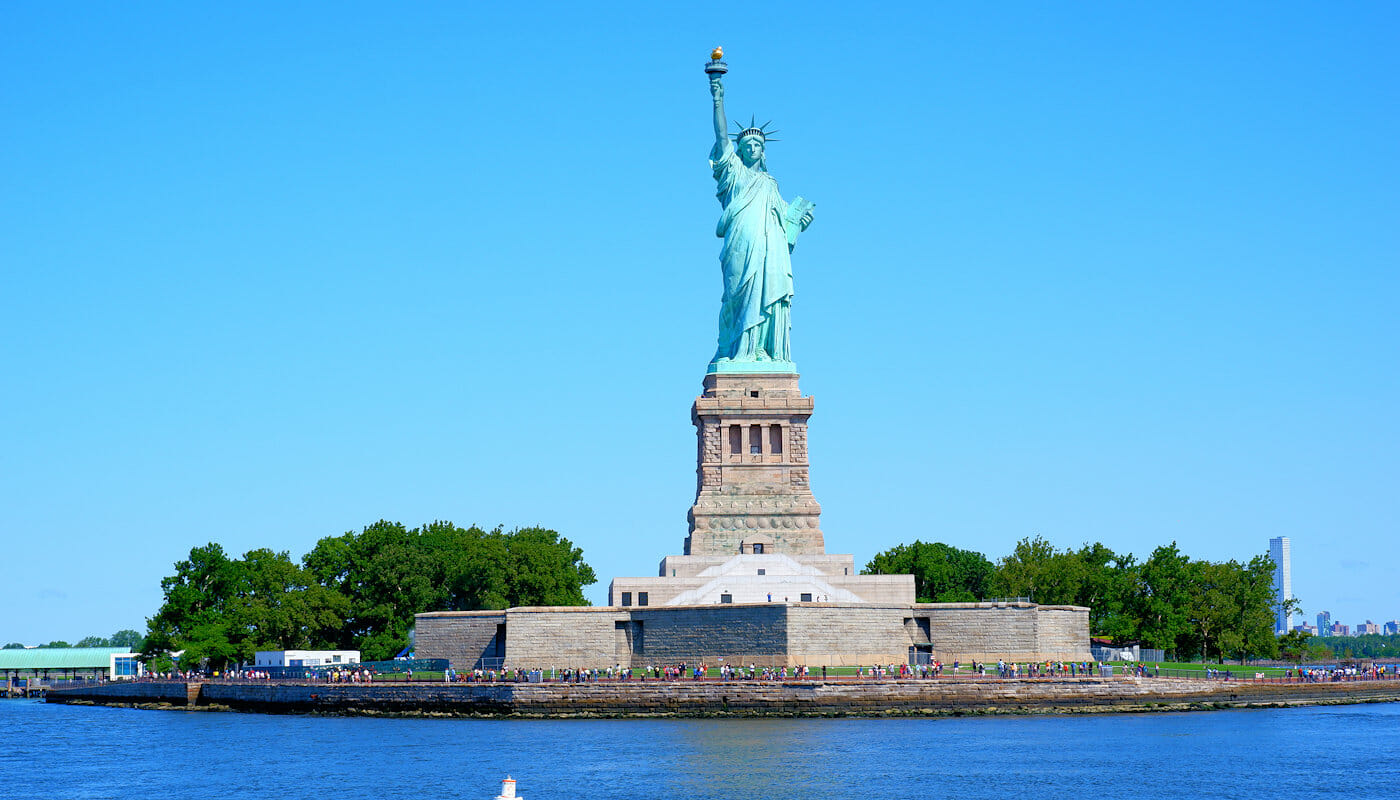 Classic Schooner Sailing Cruise in New York - Statue of Liberty