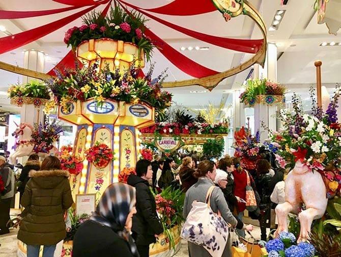 Macy's in New York - Flower Show