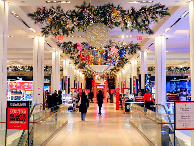 Macy's in New York - Christmas Decoration