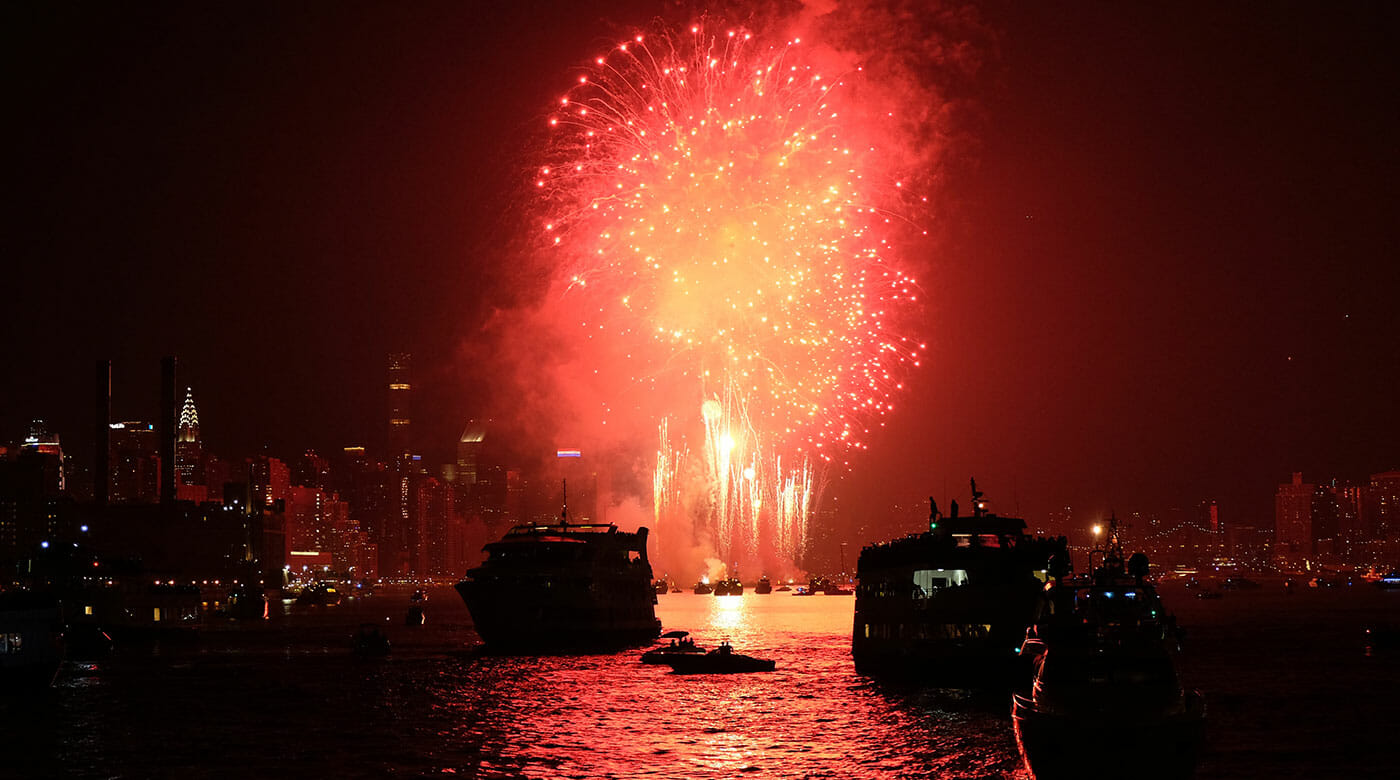 New Year's Eve Cruises in New York - Fireworks