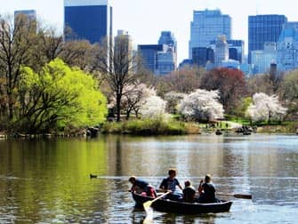 Parks in New York - boats in Central Park