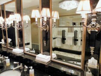 waldorf astoria toilet
