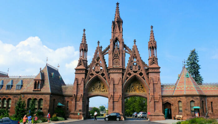 Brooklyn Tour - Entrance to Green-wood Cemetery