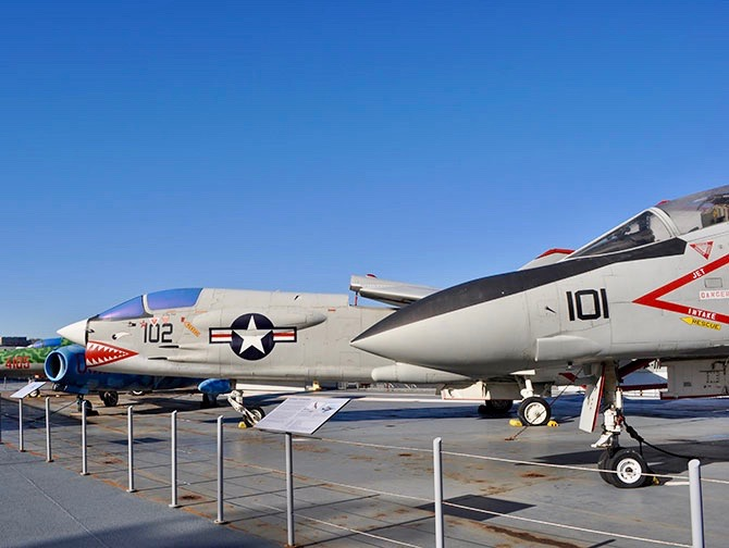 Intrepid Sea, Air and Space Museum in New York - Fighter Planes