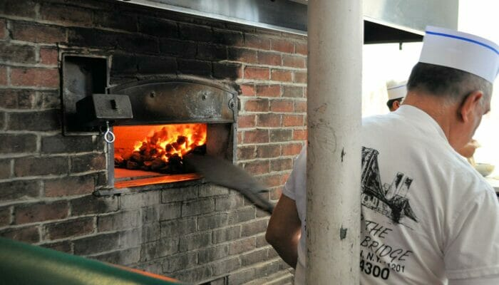 Pizza Tour in Brooklyn and Coney Island Oven