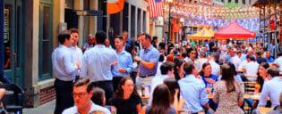Dining in Stone Street in New York