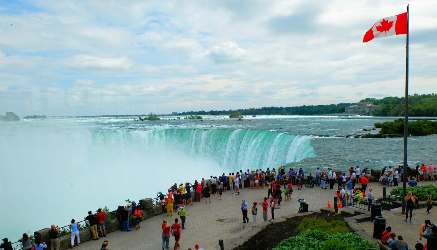 Niagara Falls by Private Plane Day Trip - Canada