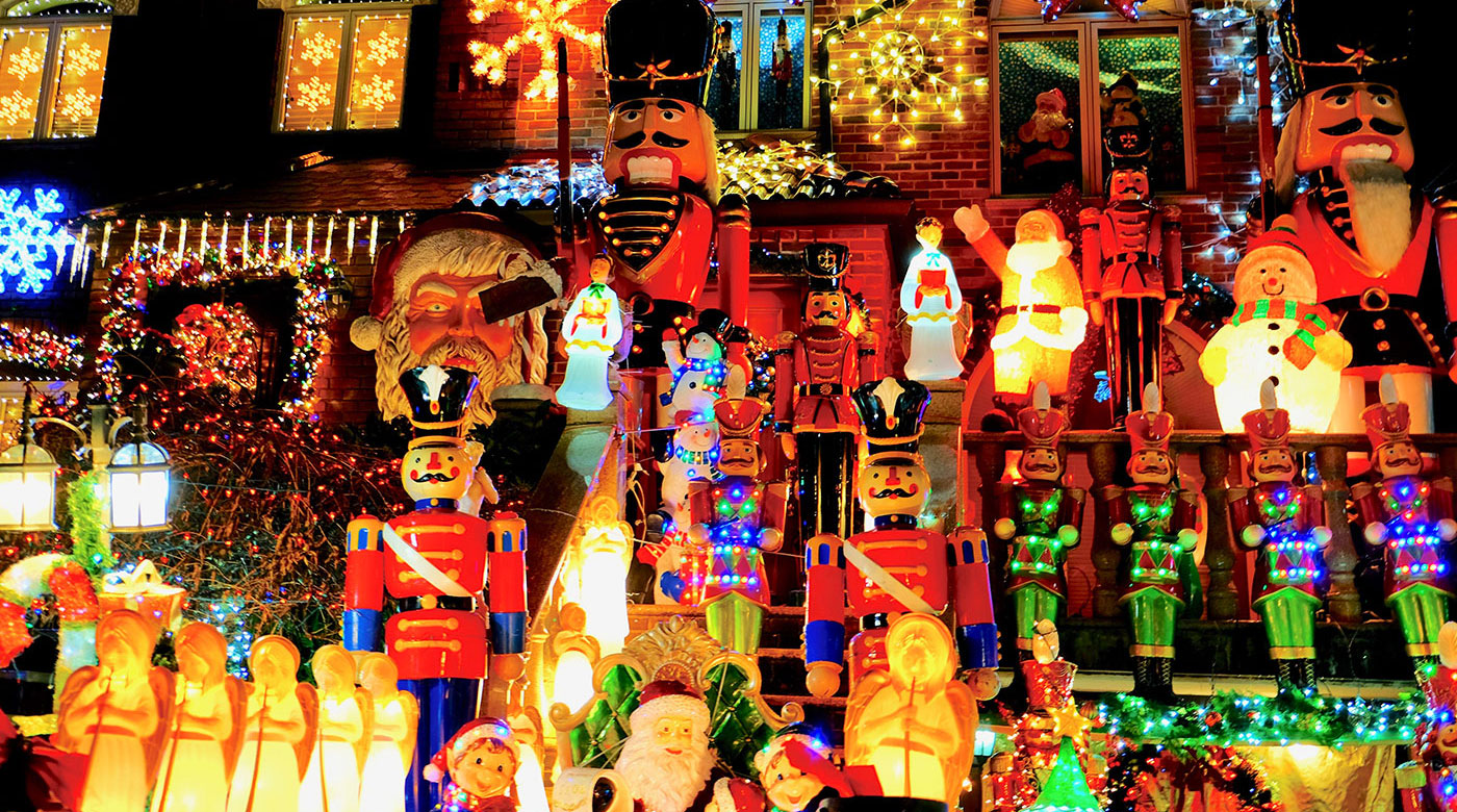 Dyker Heights Christmas Lights - Decorations