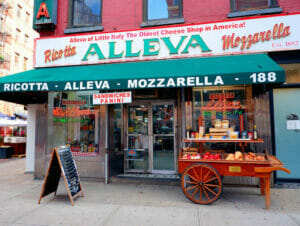 Chinatown and Little Italy Food Tour