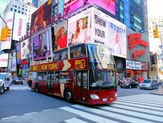 Difference between New York Explorer Pass and New York Pass - Hop on Hop off Bus