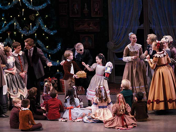 The Nutcracker in New York tickets - Family Gathering