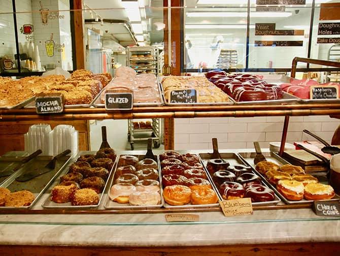 Donut Tour in New York - Donut Display