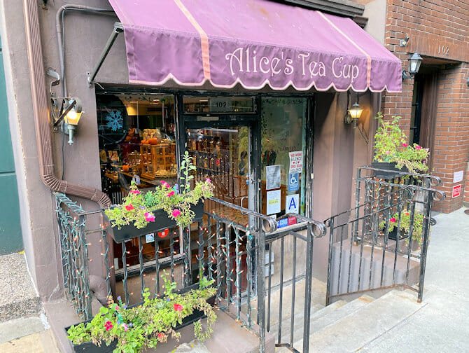 Mothers Day in New York - Alices Tea Cup