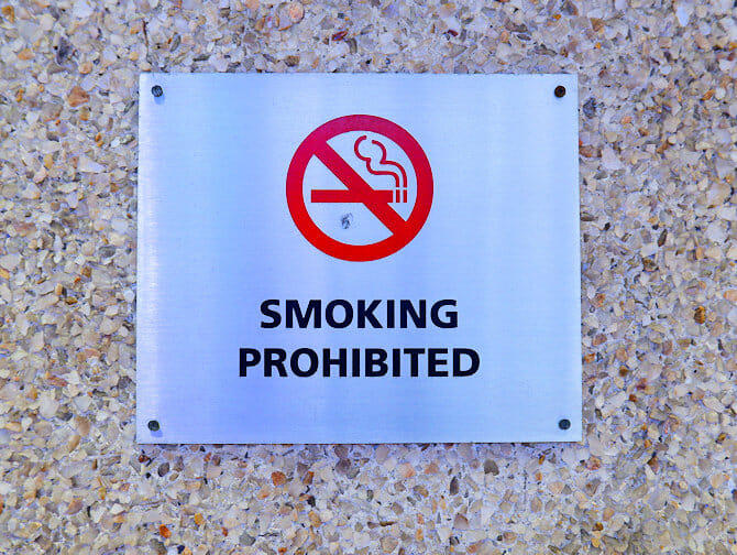 Smoking in New York Smokinh Prohibited