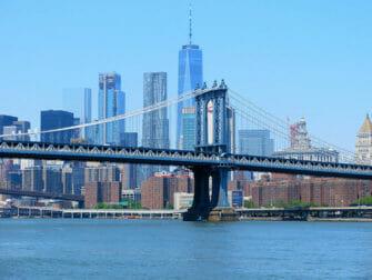 Manhattan Bridge in New York Skyline