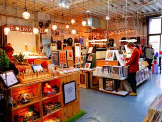 Flea Markets in New York - Artists And Fleas inside