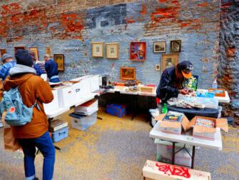 Flea Markets in New York - Chelsea Flea Market