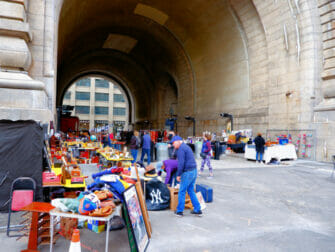 Flea Markets in New York - Dumbo Flea Market