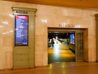 Metro North Railroad in New York - Metro North in Grand Central