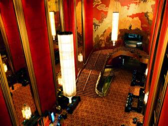 Radio City Music Hall in New York - Inside