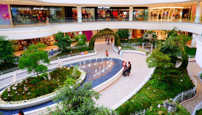 American Dream Mall near New York - Garden