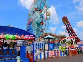 Denos Wonder Wheel Amusement Park in Coney Island - Attractions